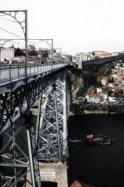 D. Luís bridge